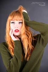 LEO_0101 (jeanfrancoislaforge) Tags: vert green portarit visage lips lévres rousse ginger redhead beauté beauty studio elinchrom nikon d850 iso64 face leonamoon leona