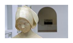 Musée d'Arts de Nantes (Yvan LEMEUR) Tags: statue marbre sculpture art musée muséedesbeauxarts muséedartsdenantes buste intérieur henripernot