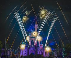 10 26 18 Hallowishes 5031 (Joanie Eddis-Koch) Tags: hallowishes disney magickingdom fireworks halloween castle waltdisneyworld wdw