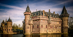 Kasteel de Haar 2019 (EBoss Fotografie) Tags: haarzuilens utrecht nederland nl kasteel castle colors light ancient architecture canon sky building netherlands holland soe twop supershot