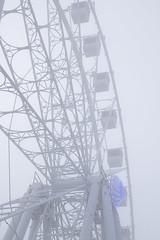La noria y la niebla (Anvica) Tags: city ferriswheel fog atmosphere niebla noria ciudad street calle fuji xt1