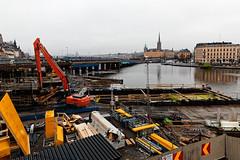 Stockholm (Tuomo Lindfors) Tags: stockholm sweden ruotsi sverige tukholma dxo filmpack vesi water vatten rakennustyömaa constructionsite byggarbetsplats silta bridge bro