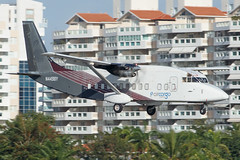 N4498Y (Hector A Rivera Valentin) Tags: tjsj sju puerto rico puertorico san juan spotting canon80d 80d canon camera planespotter avgeek flickr repost aviation pilot airplanes take off landing colors color private awesome shot air sky plane view aero airport aeropuerto