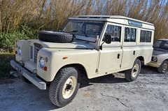 Land Rover Defender (benoits15) Tags: landrover defender uk british car 4x4 nimes auto retro