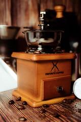 old (Zero'sPhoto) Tags: coffee coffeebean coffeegrinder