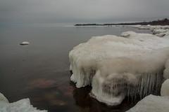 IMG_9070_edit (SPihtelev) Tags: ладога ленинградская область озеро зима лед льды вода маяк
