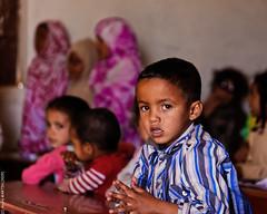 A l'école (L'Abominable Homme de Rires) Tags: child enfant portrait mauritania mauritanie afrique sahara desert terdav pointafrique pointvoyage travel voyage trekking canon5d 5dmkiii sigma 24105mmf4 dxo photolab lightroom
