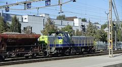 RD18035.  BLS Am 843 501. (Ron Fisher) Tags: bls bernlötschbergsimplonbahn diesel diesellocomotive dieselhydraulic bb vossloh am843 classam843 bram843 thun schweizerischeeisenbahnen eisenbahneninderschweiz eisenbahn chemindefer rail railway railroad railwaysofswitzerland swissrailways locomotive lokomotiv sony sonyrx100iii sonyrx100m3 compactcamera