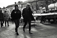 The Way you Walk (Bury Gardener) Tags: burystedmunds bw blackandwhite britain monochrome mono england eastanglia uk people peoplewatching folks nikond7200 nikon suffolk streetphotography street streetcandids snaps strangers candid candids 2019 cornhill