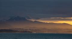 Côte-Basque (jean-michel radet) Tags: rhune montagne mountains eau mer ciel sky océan ocean coucherdesoleil paysages landscape socoa ciboure stjeandeluz baie