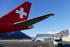 Embraer ERJ-190 Helvetic Airways HB-JVL Sion Airport Switzerland 2019 (roli_b) Tags: tail embraer erj190 erj 190 helvetic airways hbjvl swiss airline sion airport switzerland mountains flughafen sitten schweiz aeroport suisse aeropuerto suiza svizzera 2019 aircraft airplane jet flugzeug flieger avion aereo aviacao aviation