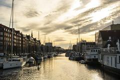 Golden afternoon (Rudi Pauwels) Tags: 2019onephotoeachday gold afternoon christianshavn copenhagen danmark denmark houses boats reflection water clouds
