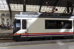 Perfil 470 (Escursso) Tags: 100m 124c 470 470100 adif barcelona regional renfe sattion estacio rail railway train tren frança estaciodefrança