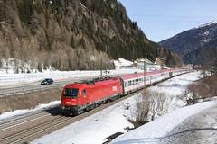 1216 007 mit dem EC 1289 kurz nach dem Bahnhof Brenner (DannyHeinrich) Tags: öbb 1216 bahn brenner südtirol brennero brennerbahn ec1289 e190