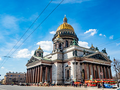 Saint Isaac's Cathedral, Saint Petersburg [Explored] (Marc Rauw.) Tags: cathedral stpetersburg petersburg russia church architecture monument stisaac building imposing magnificent monumental gold marble blue sky bluesky olympusomdem5markii olympus omd em5 mzuiko mzuiko1442mm 1442mm microfourthirds m43 μ43 street tourism travel