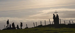 Knockavoe silhouettes (conall..) Tags: knockavoe backlit backlight intothelight sun sunny silhouette barbed wire fence barb metal steel barbedwire barbedwirefence nikonafsnikkorf18glens50mm prime lens primelens cross summit trig stone