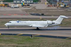 N83EA CRJ-700 Elite Airways (SamCom) Tags: kdal dal dallaslovefield lovefield n83ea crj700 eliteairways crj7