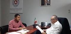 Trabaja nuestro coordinador Heliodoro_hcde con Víctor Raúl Hernández López, presidente de Santa María Jacatepec para llevar al municipio de la Cuenca del Papaloapan programas que lleven a reforzar los trabajos en materia