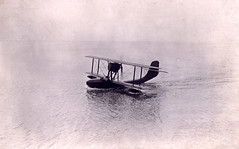 A Schreck-F.B.A. Type 17 HT4 tourist flying boat in the water [France, 1920's] (Kees Kort Collection) Tags: 1922 fba flyingboat schreck type17ht4