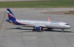 VP-BAE (Ken Meegan) Tags: vpbae airbusa321211sl 7193 aeroflot moscow sheremetyevo 1382017 airbusa321 airbus a321211sl a321