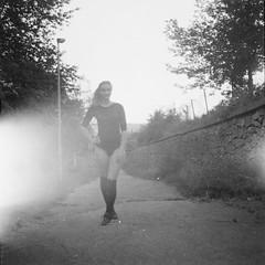 Focení na Salabce. Bohužel můžete vidět osvícený film. To se u analogu bohužel může stát - špatně navinutý film. :(⠀⠀ ⠀⠀ #girl #model #modelnextdoor #blackandwhite #blackandwhitephotography #baw #czech #czechgirl #glamour #czechgirls #livetoshoot #shootto (Karel Navratil) Tags: ifttt instagram httpswwwinstagramcompbtmbkxg5ia focení na salabce bohužel můžete vidět osvícený film to se u analogu může stát špatně navinutý ⠀⠀ girl model modelnextdoor blackandwhite blackandwhitephotography baw czech czechgirl glamour czechgirls livetoshoot shoottolive flexaret ilford filmcomunity ishootfilm filmisnotdead filmwasters filmsmellsgood shootwithfilm mediumformat 6x6 meopta analogue vintage igerscz nofilter