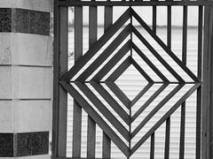 Rhombus as Gate Decoration (zeevveez) Tags: זאבברקן zeevveez zeevbarkan canon bw geometry