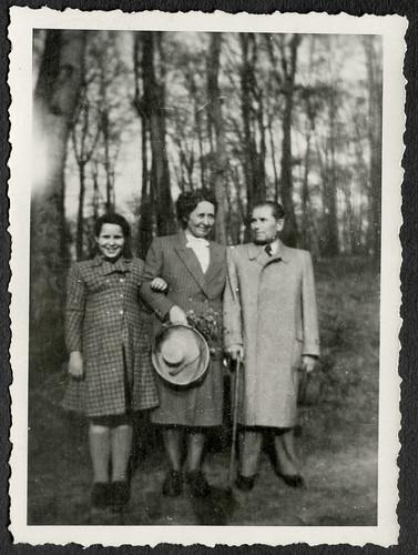 AlbumC286 Familienfoto, 1930-1950er