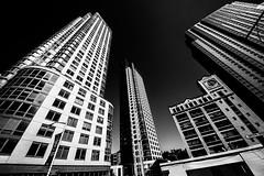 New YorkBW0901 (schulzharri) Tags: new york usa city town stadt hochhaus skyscraper black white schwarz weis architektur architecture wolkenkratzer himmel