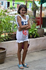 sophisticated young lady (the foreign photographer - ฝรั่งถ่) Tags: pretty preteen girl child sophisticated young lady khlong lard phrao portraits bangkhen bangkok thailand nikon d3200