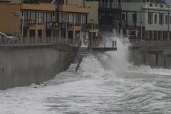 Surf's up! (Ian@NZFlickr) Tags: surf wave high tide st clair promenade steps stairs seas pacific ocean dunedin otago nz