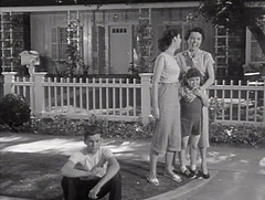 "Billy Gray, Elinor Donahue, Lauren Chapin, Jane Wyatt, Father Knows Best, ""The Motor Scooter,"" 1954 (classic_film) Tags: fatherknowsbest tv comedy sitcom television 1954 fifties 1950s época ephemeral entertainment classic clásico blackandwhite retro vintage añejo alt american america usa unitedstates actor akteur acteur billygray boy janewyatt actress actrice actriz aktrice schön schauspielerin elinordonohue beauty girl brunette child kid laurenchapin americana old monochrome nostalgic nostalgia celebrity woman frau mujer hübschefrau hair hübschesmädchen beautiful mujerbonita niñabonita pretty prettygirl elegant fashion clothing clothes style hairstyle wardrobe dress lady oll scooter vehicle transportation motorscooter teen situationcomedy"
