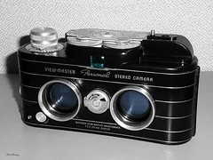 Viewmaster_Personal_Stereo_bw_farb_tx_P1340315 (said.bustany) Tags: bruchköbel hessen 2019 februar bublic camera kamera viewmaster personal stereo stereokamera stereocamera