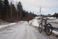 2019 Bike 180: Day 55, March 20 (olmofin) Tags: 2019bike180 finland bicycle polkupyörää commuter cyclist pyöräilijä pyörätie shared path lumi tracks renkaanjäljet espoo snow