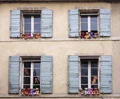 Teddy bear (JLM62380) Tags: teddybear nounours toy jouet peluche windows fenêtre doudou shutters saintrémydeprovence