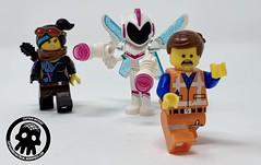 20-Emmet, Lucy and Sweet Mayhem (captainmutant) Tags: lego legospace legography photography minifig minifigs minifigure minifigures sciencefiction science fiction scifi brickography toy space review legomovie2