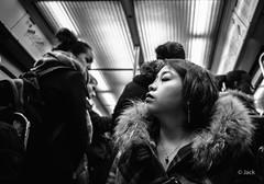 portrait métropolitain (Jack_from_Paris) Tags: l3008123bw leica m type m10p 20021 leicaelmaritm28mmf28asph 11606 dng mode lightroom capture nx2 rangefinder télémétrique bw noiretblanc noir et blanc monochrom wide angle street regard portrait métro tube femme woman candid