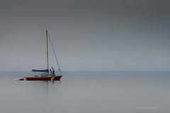 calma piatta (pamo67) Tags: pamo67 calmflat lago lake barca boat calma calm grigio grey uomo man minimal pasqualemozzillo acqua water