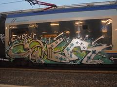 919 (en-ri) Tags: caer kter chat crew arrow grigio azzurro nero verde train torino graffiti writing