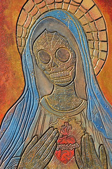 Hail Mary full of Grace (radargeek) Tags: dayofthedead 2018 october plazadistrict okc oklahomacity skeleton catrina mary