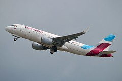 Eurowings D-AEWT Airbus A320-214 Sharklets cn/7534 @ EDDL / DUS 16-06-2017 (Nabil Molinari Photography) Tags: eurowings daewt airbus a320214 sharklets cn7534 eddl dus 16062017