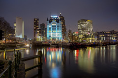 Rotterdam @ Oude Haven 2018 (zilverbat.) Tags: bluehour longexposure nightshot rotterdam zilverbat longexposurenetherlands nightphotography nightlights nightimage harbor haven longexposurebynight avond wallpaper waterfront water world architecture buildings urbanvibes urban reflectie reflections port travel visit avondfotografie rotjeknor rotterdambynight calex willemswerf europe europa pin