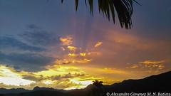Céu de Paraty, Rio de Janeiro - Brasil (alexandremasseu) Tags: céu colorido bonito natureza fimdetarde pôrdosol nuvens