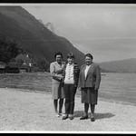 Archiv S41 Heidi mit Mutter und Oma, 1960er thumbnail