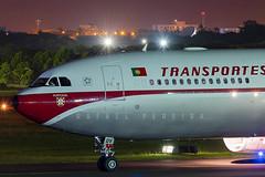 CS-TOV - Airbus A330-343 - TAP Portugal Retrojet (3) (RafaelBateraSSA) Tags: ssa sbsv salvador night boeing airbus nikon sideral avianca jordan tap copa airlines gulfstream g450 737f a320 767 a330 planes spotter