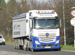 M & N Transport WX15 YKP at Welshpool (Joshhowells27) Tags: lorry truck mercedes mercedesbenz actros mercedesactros mercedesbenzactros mntransport wx15ykp tipper