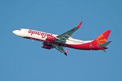 VT-MXH (afellows80) Tags: b38m boeing 737 737max omdb dubai spicejet