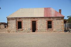 DSC_9670 abandoned farmhouse, corner Fischer & Eichler Roads, Milendella, South Australia (johnjennings995) Tags: abandoned farm farmhouse milendella southaustralia australia