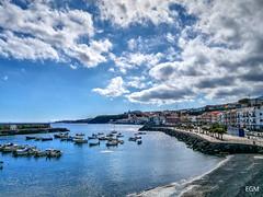 Candelaria (etoma/emiliogmiguez) Tags: candelaria tenerife islascanarias muelle barcas paseo marítimo basílica océano nubes