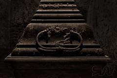 Parochialkirche. Die Gruft (Ralf Wendrich) Tags: gruft kirche vergangenheit dunkel dunkelheit damals keller tod ende 1700 mittelalter friedhof sterben ralfwendrich cemetery church past dark darkness then basement dead