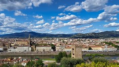Funky clouds over Florence (Go Ciop Go) Tags: firenze florence toscana tuscany italia italy cielo sky nuvole clouds funky river arno lungarno hills redroofs santacroce torredisanniccolò fiesole montemorello